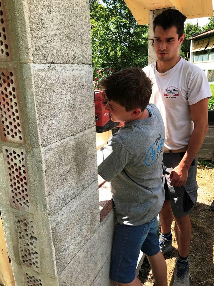 Projekt Bau Insektenhotel